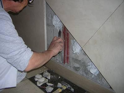 大理石 壁補修 中