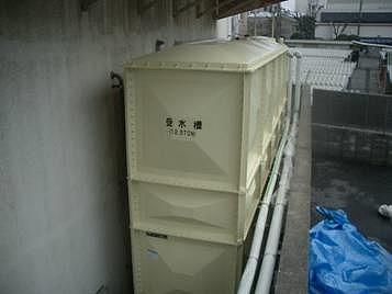 貯水槽塗装後